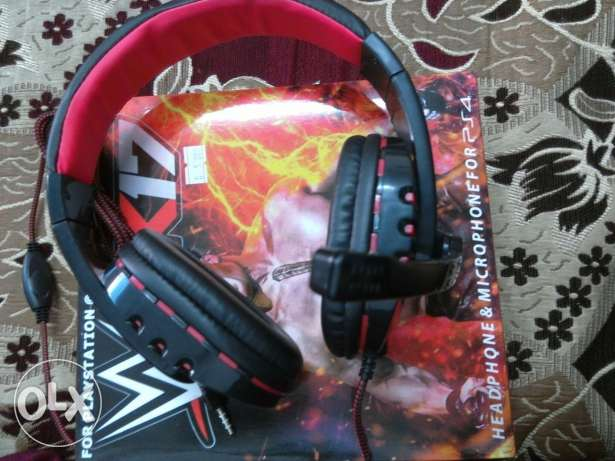 3KD500FILS ps4 Gaming headset brand new (never used it) WHATSAPP ME