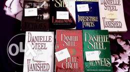 Daniella Steel Books for 1.5kd!!
