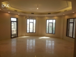 For foreign families floor for rent in SALWA block 10. 250m