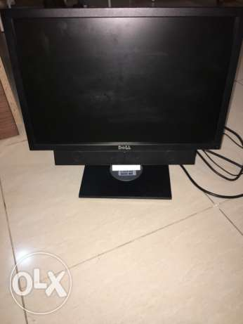 Dell Screen for sale 17 inches as good as new