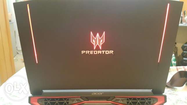 Acer predator 593 for sale (4 months old )