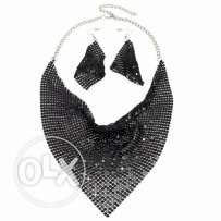 Shining Design Bib Choker Necklace Earrings Jewelry Sets