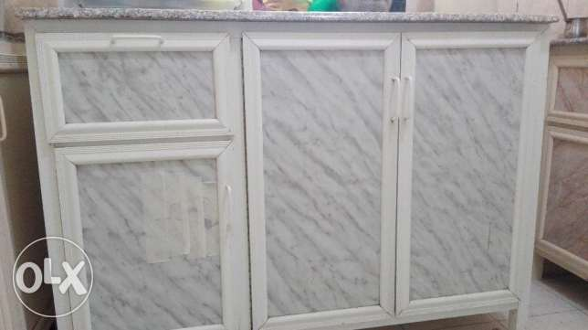 Kitchen granite countertops available for Sale