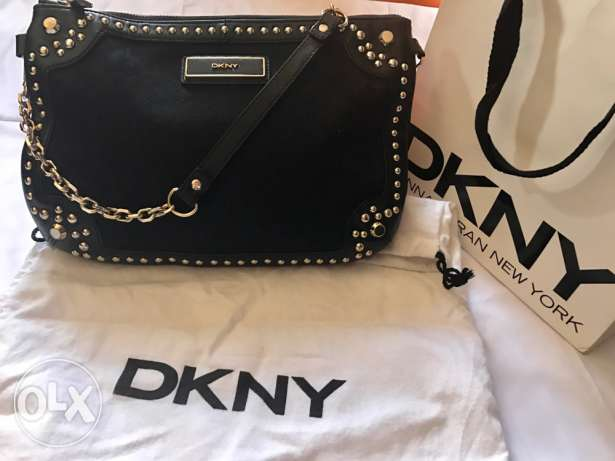 DKNY handbag (original)! Now with a free DKNY wallet!