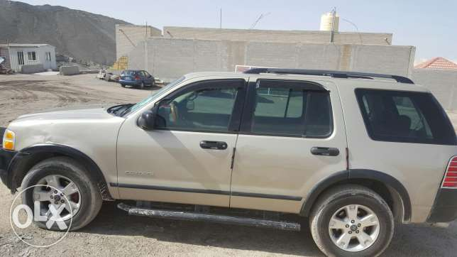 Ford Explorer in good condition for sale