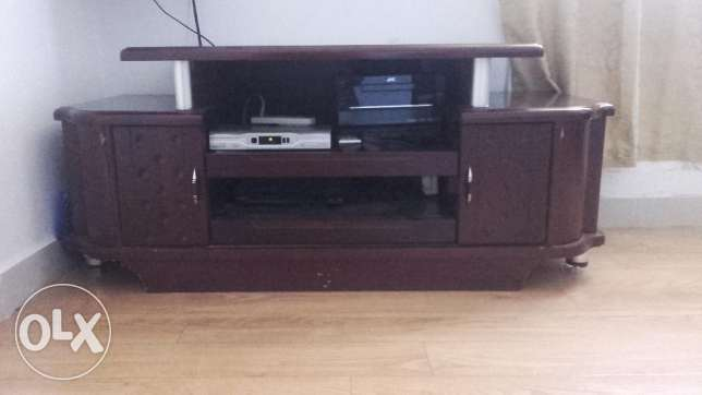 TV Table - very good condition - KD 15