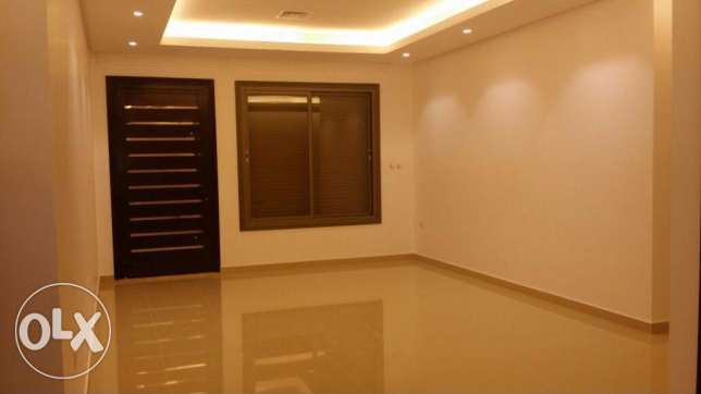 Big floor apartment for rent in Rumaithya only for Kd 900