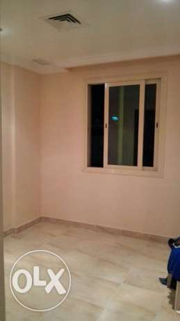1 room attach bathroom available in hawally Indian prefer
