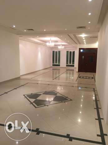 super deluxe 2 floor villa for rent in jabriya