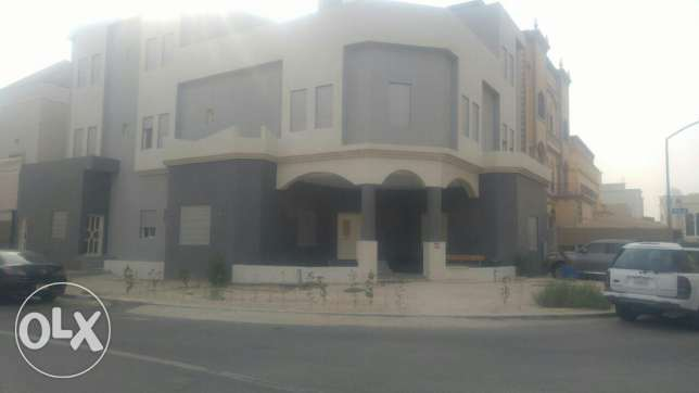 Jaber Al Ahmed 400 m2 villa for sale to the best offer