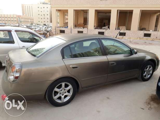 For Sell Nisan Altima 2005