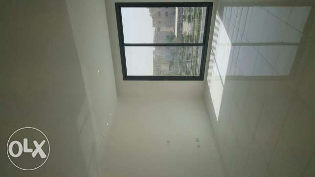 Luxurious flat for rent at salam 3master rooms 5 toilets maid room Ame سلوى -  3