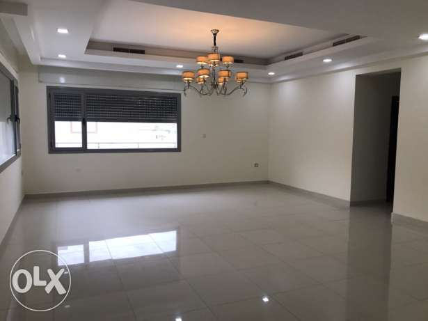 Fintas blk 2 easy to access Costal road 4bedrooms duplex