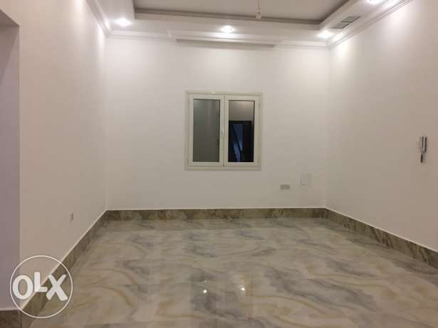 3 bedrooms in mangaf for rent