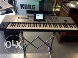 76-key Arranger Keyboard Korg Pa3XPro with Stand silver