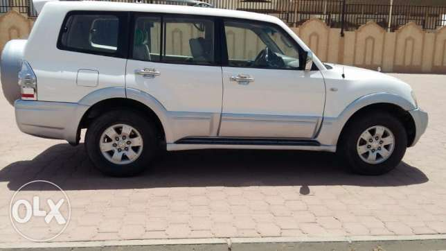 pajero 2005 for sale مميتسوبيشي باجيرو 2005 للبيع