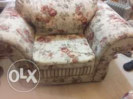 floral print sofa 3+2+1+1 : must go by 28