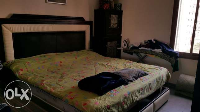 King Size bed and wardrobe