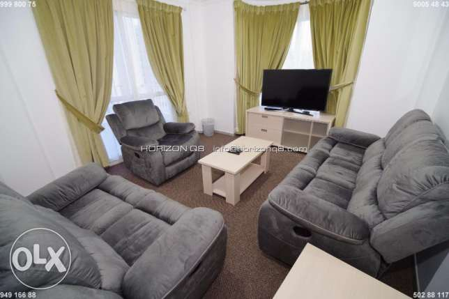 For expats 3 bdr furnished apt in Salmiya