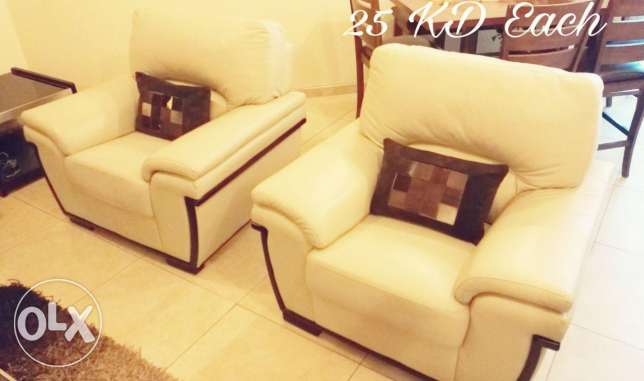 Used in good condition furniture