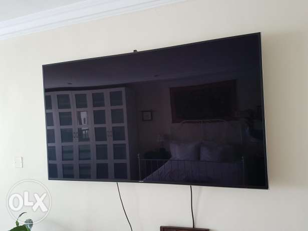 Samsung TV 65 inch F9000 4K like new