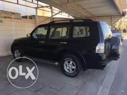 Mitsubishi Pajero for sale black color,152000km,2008 model best condition