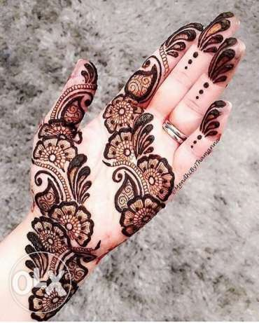 Here we offer henna class we teach all type of henna design by indian