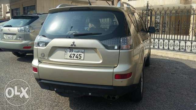 Car.Mitsubishi outlander