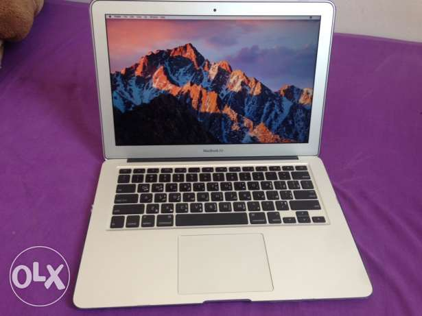 for sale MacBook Air 13 inch core 2 duo 4gb 128gb same as new