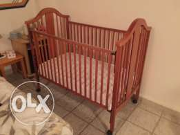 Baby bed from wood