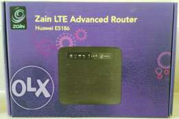 Home/Business WiFi & Ethernet Router - Huawei E5186