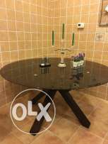 AByat dining room barely used and in excellent condition for sale