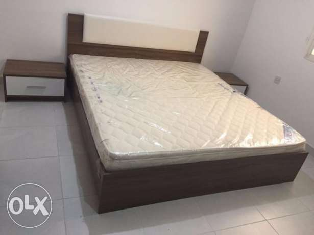 King Size Bed( Wooden frame SAFAT make) with Mattress(medical) 85 KW