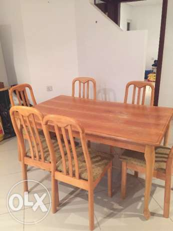 Furniture and house goods for sale