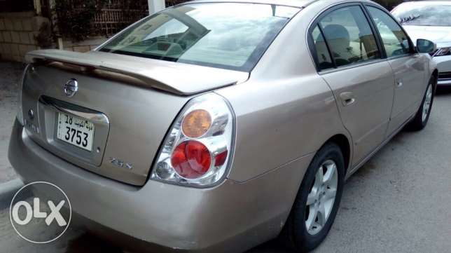 Nissan Altima 2005 Ac good contusion ,4 new tear