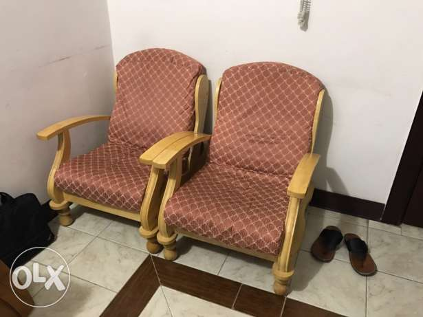 household items for sale including furniture السالمية -  5