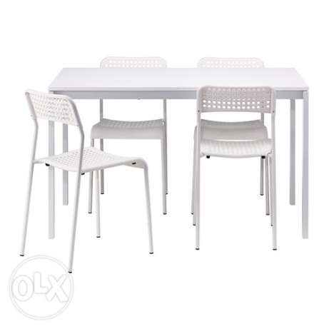 IKEA table and 4 chairs for Sale - 19.5 KWD