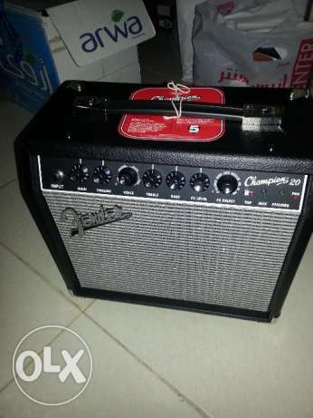 Guitar Amp (Combo amplifier)