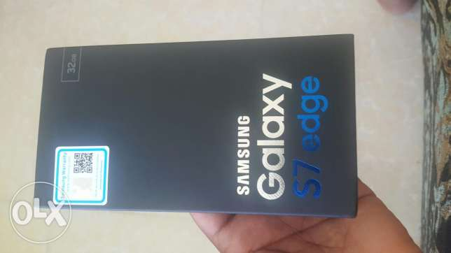 Samsung Galaxy s7edge for sale brand new sealed pack