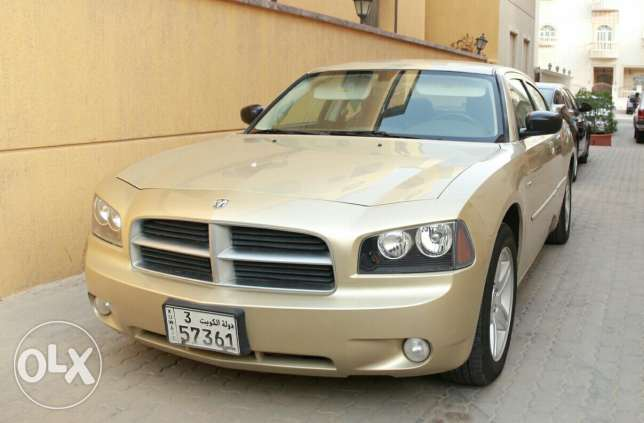 Dodge charger Rt V8 2010
