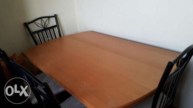 Sale for dining table with 4 chair