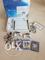 Play station 4 white for sale
