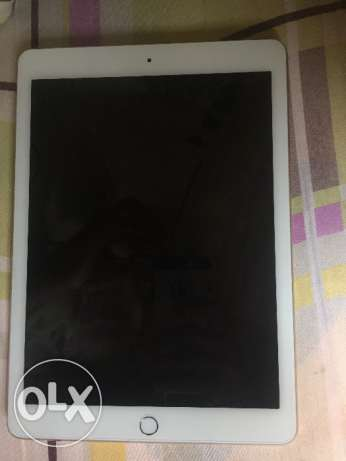 iPad Air2 It's a good condition, it's used for only watching YouTube,