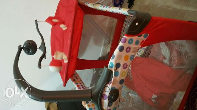 Baby bedding and dresser 2in1 حولي -  2