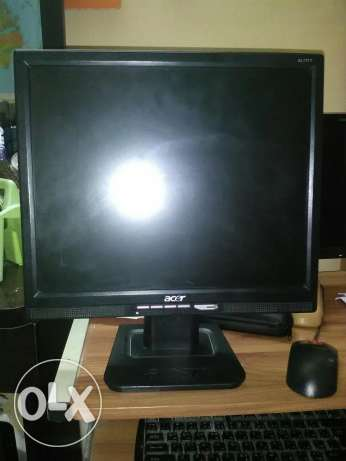 Acer LCD Monitor for sale(please help me by buying this please)