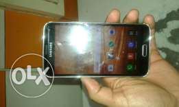 Samsung s5 good working wd charger and earphone