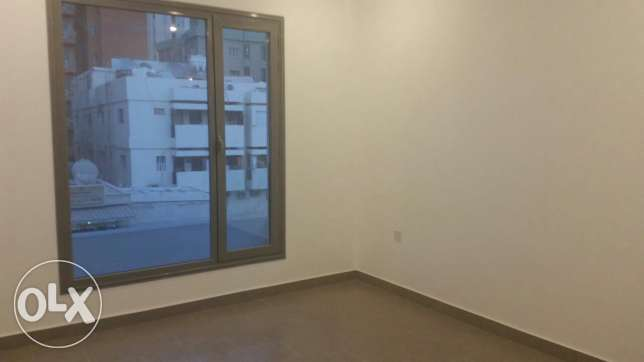 Salmiya, elegant flat 3 bedrooms + maidroom very good finishing السالمية -  4