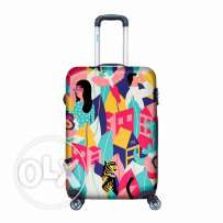 BG BERLIN LUGGAGE LOOKING AROUND   Travel Carry-on Luggage   Mosafer