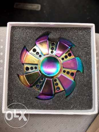 wings rainbow spinner us new