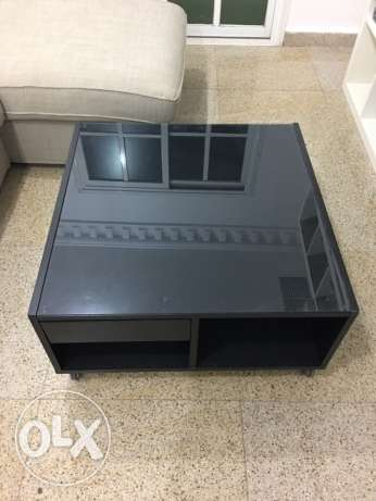 IKEA middle table with wheels black color السالمية -  1